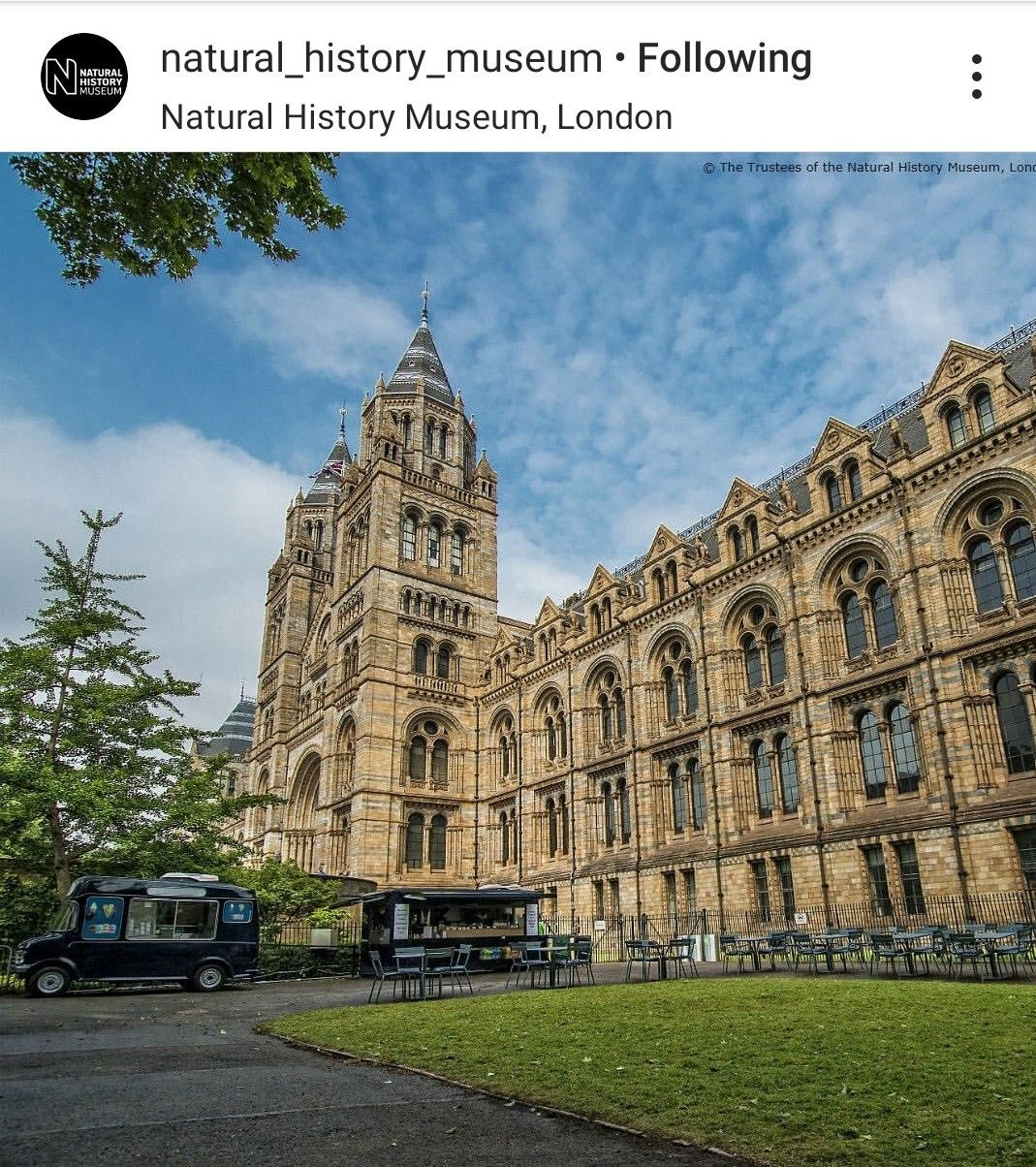 The outside of the Natural history Museum is as gorgeous as the inside.